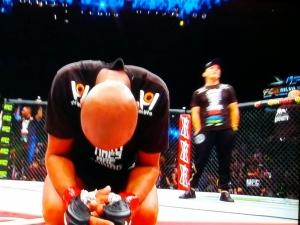 Silva kneeling UFC 183
