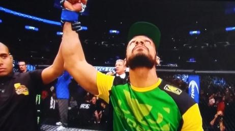 Winner Roan Carneiro  UFC 184