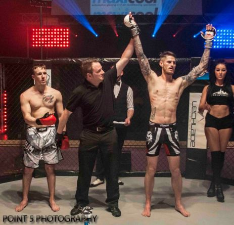 Adam Little at RAGED UK MMA (c) Point 5 Photography