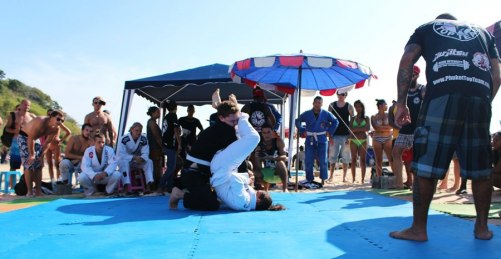 Helen Harper Jiu Jitsu on the Beach Win via Armbar 2013